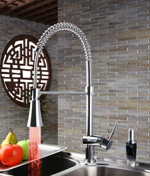 Yanksmart LED Light Kitchen Faucets Torneira Swivel Chrome Brass Basin Sink Water Tap Vessel Lavatory Faucets