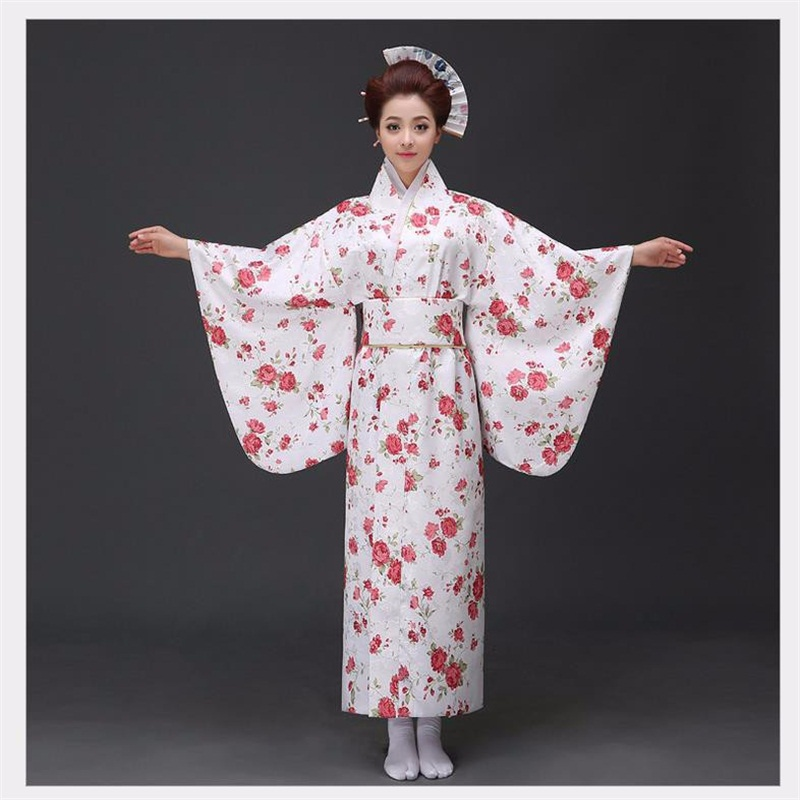 In Love With Traditional Japanese Clothing? You're Not Alone ...