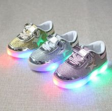 New Spring autumn Children Brand Star LED Shoes Light Kids Sneakers Boys Girls sports shoes 3 colors