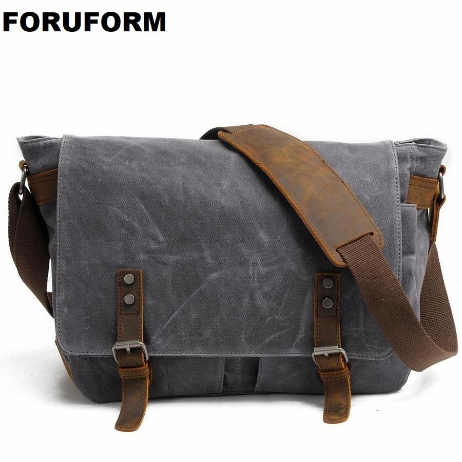 2018 New Men Messenger Bags Waterproof Canvas Men Vintage Handbags Travel Shoulder Bags 14 Inch Laptop Briefcase LI 1488