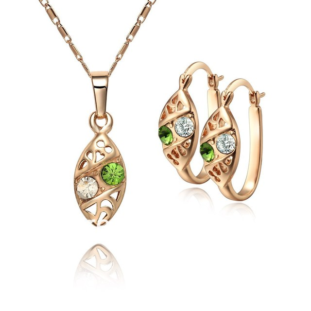 high quality. Free shipping wholesale - CC color Rhinestone Crystal Gold plated  jewelry set. Factory price. ss002