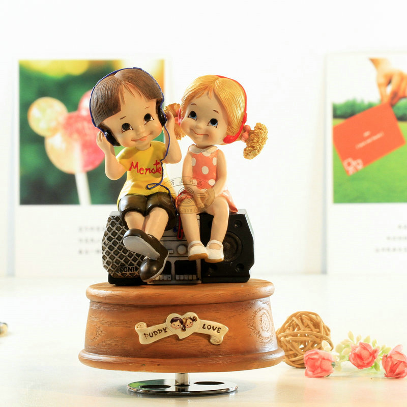 Rotating music box the song we sing birthday gift for girlfriend romantic recorder creative gifts image