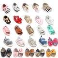 Cuero de LA PU Ocasional Clásico Zapatos del Pesebre Infant Toddler Bebé Recién Nacido Primeros Caminante Bebe Zapatillas de Deporte Calzado Deportivo 0-1 T
