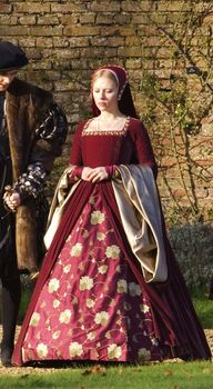 Victorian Queen Elizabeth Tudor Period Tudor dress cosplay costume Anne Boleyn style red dress from Other Boleyn Girl
