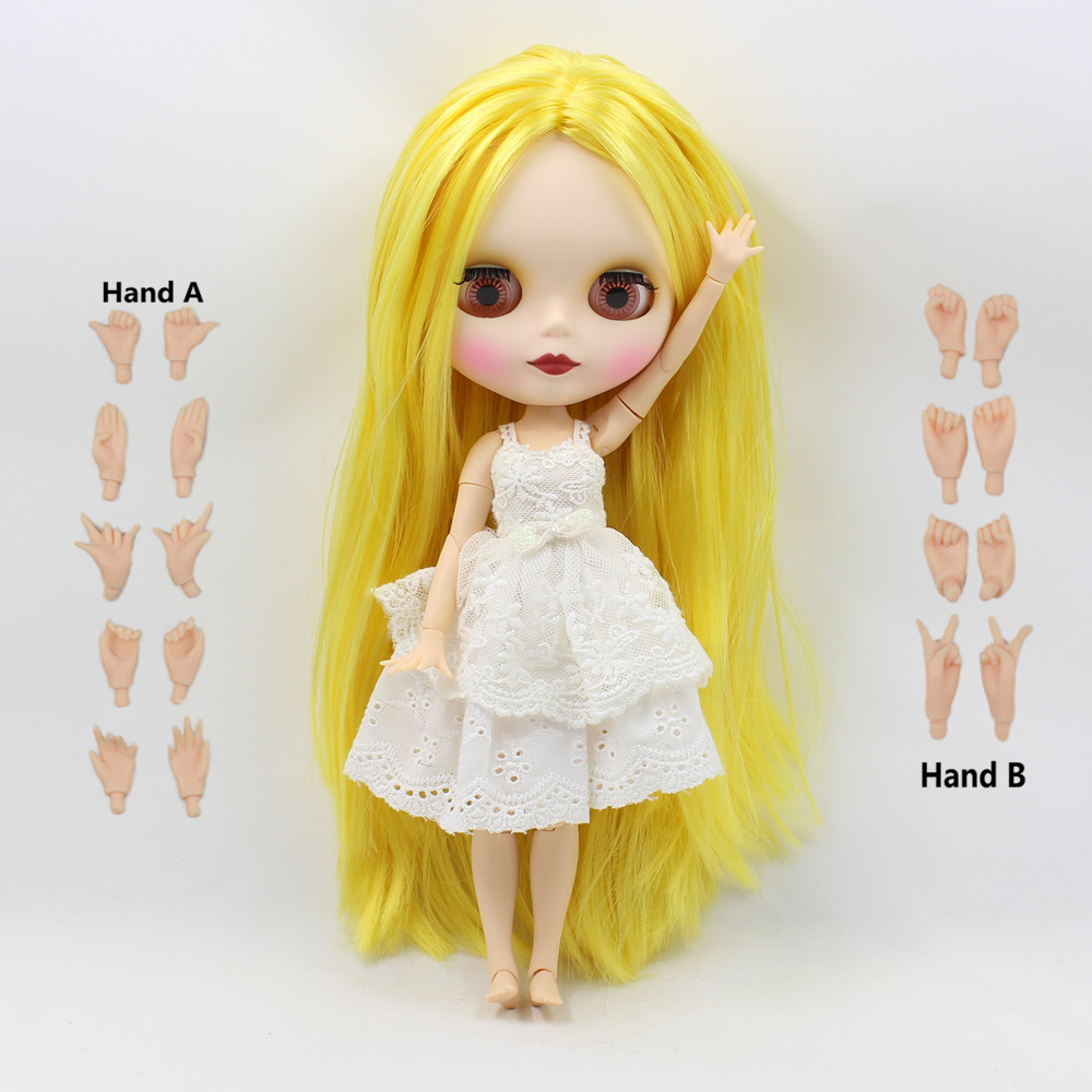 long straight yellow hair big breast joint doll factory blyth doll centre parting matte face 260BL0849 1/6 30cm doll bjd elegant mixed color centre parting long silky straight synthetic adiors wig for women
