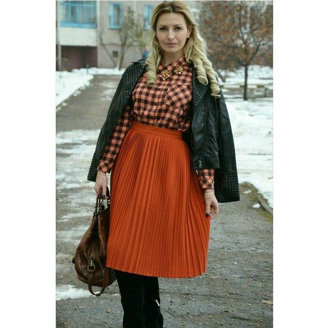 53cc77754a Korean Long Pleated Chiffon Skirt For Women Vintage Skirts Elasticity Waist  Saias Womens Skirt Female Saia Longa Cintura Alta-in Skirts from Women's ...
