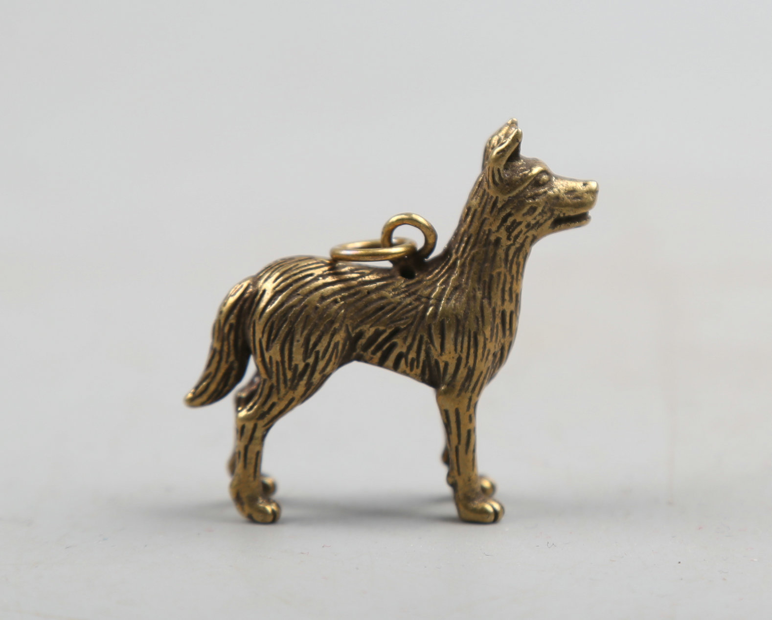 43MM/1.7 Collect Curio Rare Chinese Fengshui Bronze Exquisite Animal 12 Zodiac Year Dog Puppy Whiffet Doggie Pendant Statue 11g
