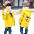 Crianças Casacos primavera Casaco Coreano Dos Desenhos Animados 100% Do Bebê Do Algodão Meninos Meninas Windbreaker Casacos Para 2-7 Anos de Idade