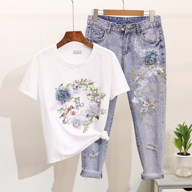 2019 Summer Women's Two Pieces Sets 2019 New Beaded Flower& Bird Print Harajuku  Suit 3D Flower Tshirts+Hole Jeans Casual Suits