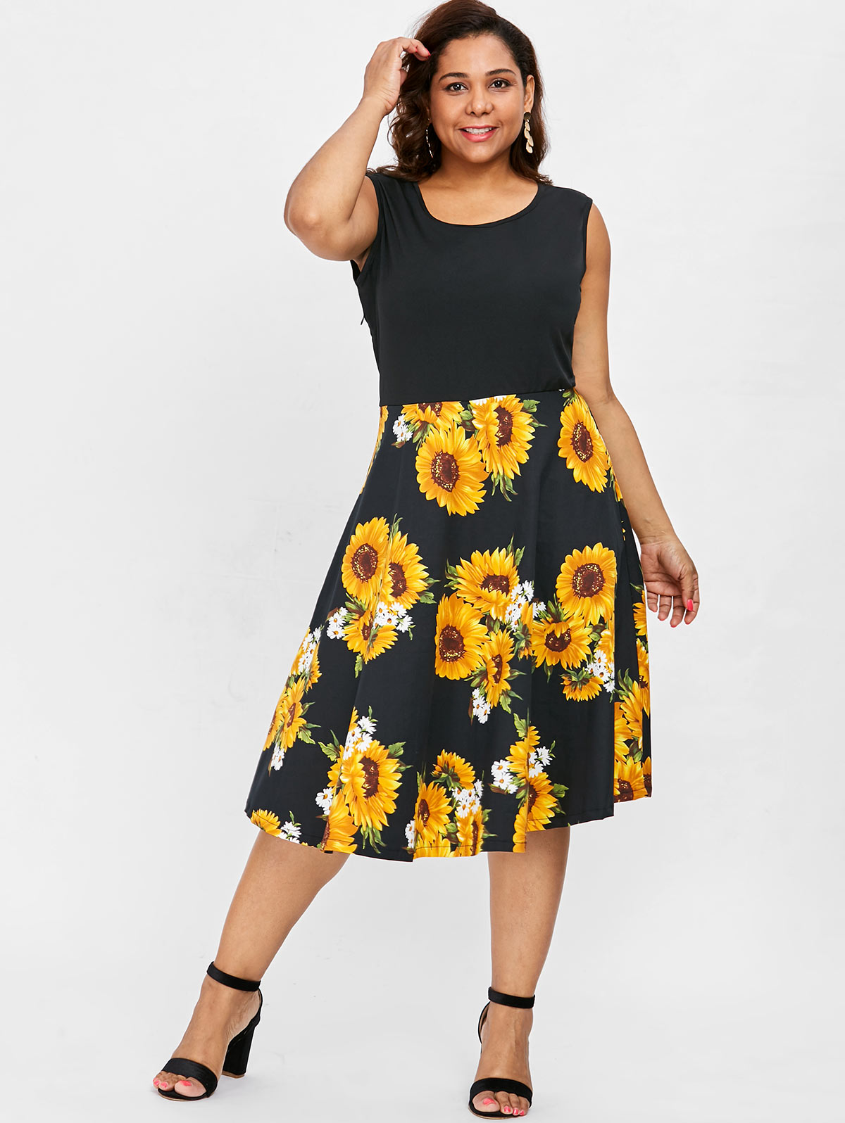 cedd6117735 The beautiful sunflowers print on the skirt for an eye-catching. Matching  the strappy sandals have fun in the summer holiday.