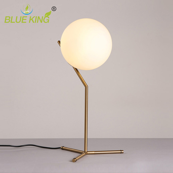 Post modern white ball glass lamp Nordic minimalist creative fashion personality warm bedroom decoration bedside table lamp