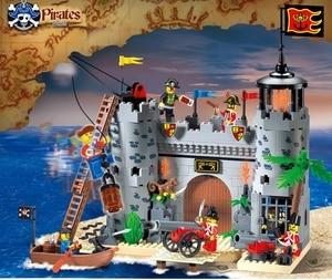 Enlighten Building Block Pirates And Royal Guards Battle Castle 366pcs Educational Bricks Toy For Boy Gift-No Box