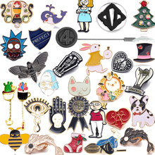 Vintage Chapas Broches Pin Kucing Kelinci Topi Lebah Lumba-lumba Lucu Anjing Bros Enamel Alice In Wonderland Pin Kerah pin Pria(China)