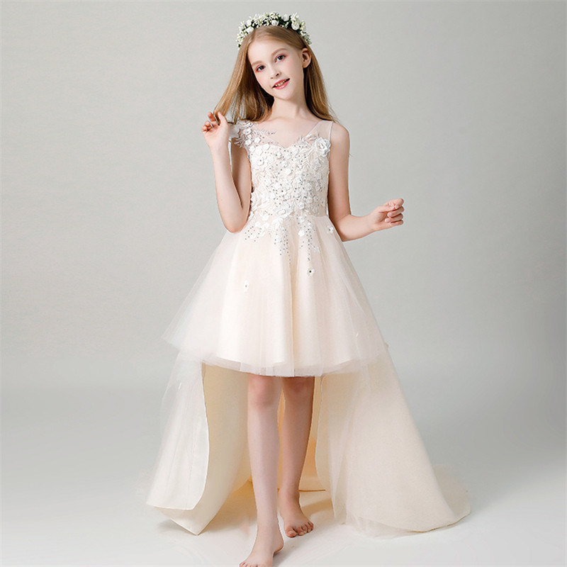 все цены на 2018 Luxury New Children Little Girls Champagne Color Birthday Wedding Party Long Tail Dress Model Show Teens Flowers Prom Dress онлайн