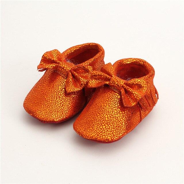 Натуральная кожа Детские мокасины зеркальная поверхность мягкое дно Лук Детские мальчики Девочки Обувь Первые Ходоки Бесплатная доставка 0-24 М