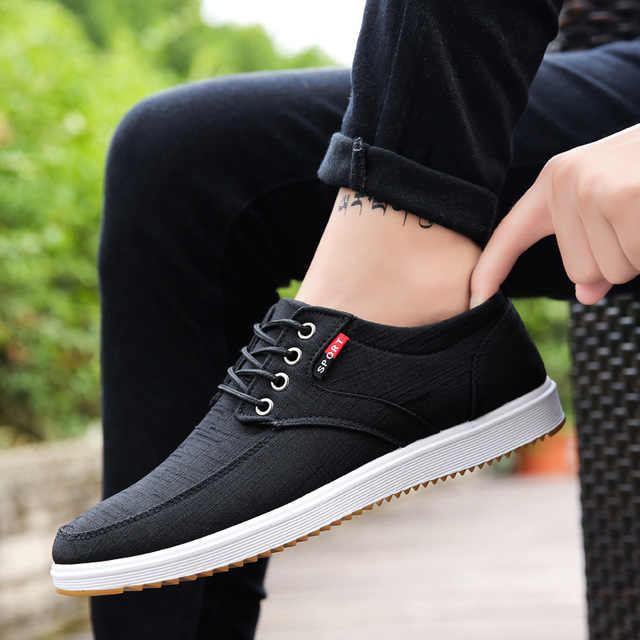 Wild Cloth Shoes Man With Men Low Top Shoes Youth Canvas Men Sneakers Flat Skate Shoes Vogue Sports Walking Shoes