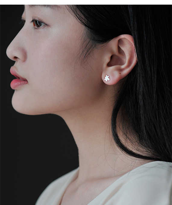 100 925 Sterling Silver Stud Earrings For Women Party Gifts Prevent Allergy Female Jewelry Eh713