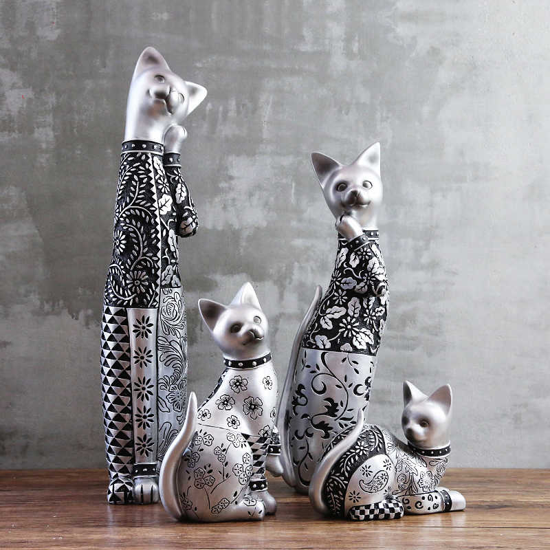 Elegant Silver Carved Cat Cute Cat Creative Handmade Resin Cat Ornaments Figurine Statue Artificial Best Gift Christmas Gift