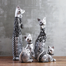 Elegant Silver Carved Cat Cute Cat Creative Handmade Resin Cat Ornaments Figurine Statue Artificial Best Gift Christmas Gift стоимость