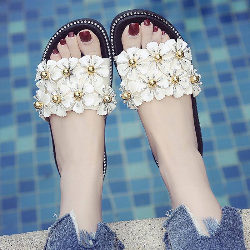 2018 Fashion summer women slippers flowers summer outdoors women shoes Slip On Flip Flops Sandals Fashion Rivet Pearl slippers new arrival summer men sandals leisure solid waterproof male outdoors slippers pu leather fashion slip on sandals w1 35
