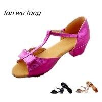Fan wu fang 3 Couleur Bowtie Lumière En Cuir Latine Chaussures de danse Pour Enfants Filles Hommes Enfants En Fonction Le CM À acheter