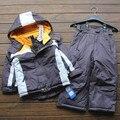 Hot vender Pequeno childten meninos terno de esqui de inverno Ao Ar Livre à prova d' água de algodão acolchoado grosso quente jaqueta + calça 2 pçs/set