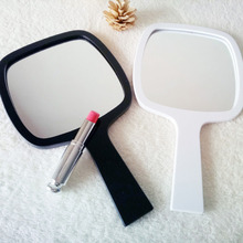 2Colors New Fashion Portable Makeup Mirror Vintage Hand Held Cosmetic Mirrors Rectangle Pattern HD Beauty Mirror J19 цены