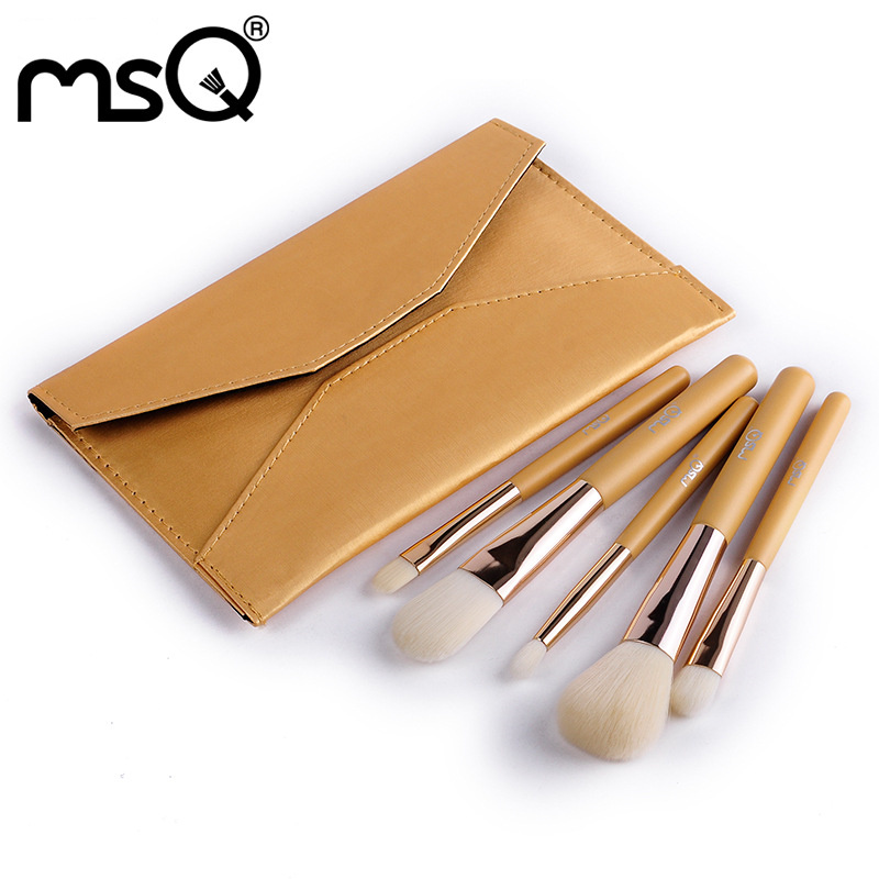ФОТО MSQ maquiagem Brand New Design 5pcs Makeup Brush Kit High Quality Synthetic Hair Wooden Handle With Envelope PU Leather Case