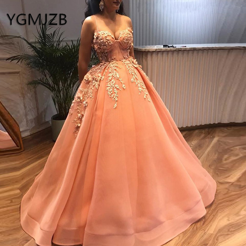 Puffy Ball Gown Long   Prom     Dresses   2019 Sweetheart 3D Flowers Beaded Appliques Evening   Dress   Saudi Arabic Women Formal Party Gown