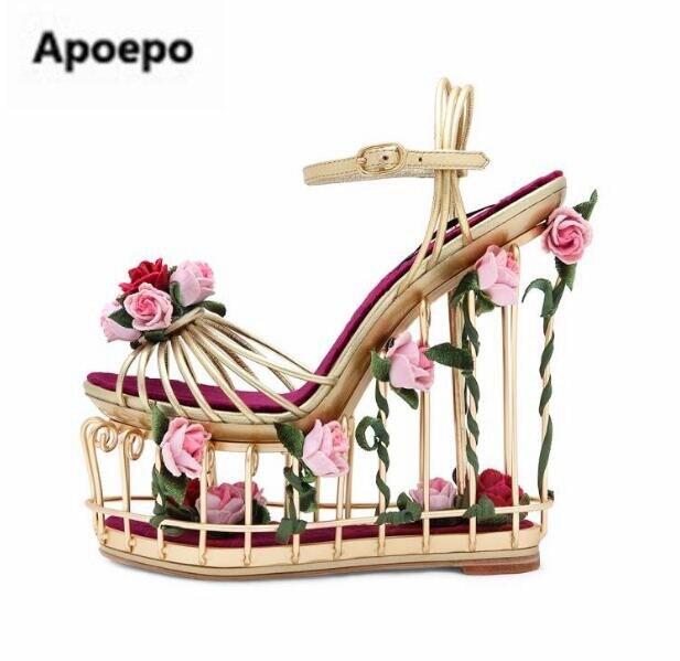 Prodej klíny plošinové boty výstřižky sandály kotníkové - Dámské boty