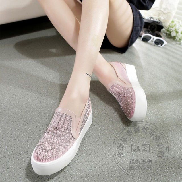 Heavy-bottomed Shoes Funky Slip On Shoes Value Shoes For Women Beading Flat Shoes Soft Leather Pu Simplicity Pure Color