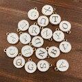 Comercio al por mayor de Calidad Superior AZ Blanco/Rosa Carta Encantos Joyería de la gota de Aceite, Disco de Oro Colgante Encanto de Los Granos del alfabeto para La Joyería de DIY