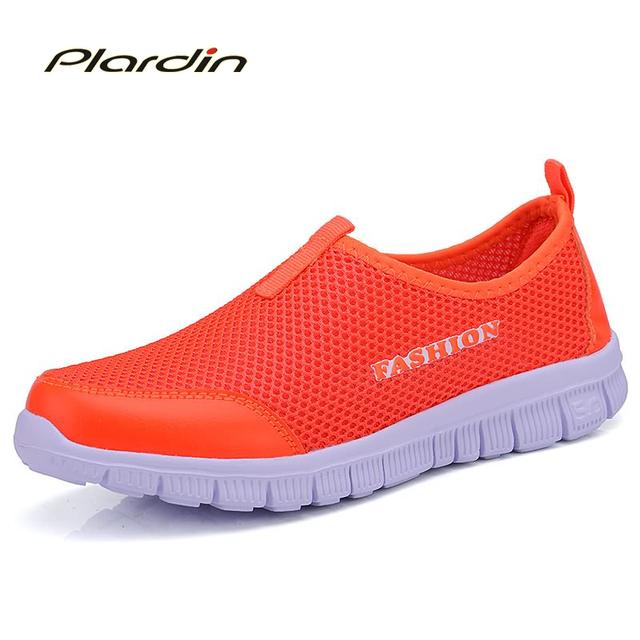 Plardin Mujeres Zapatos Casual 2017 Nueva Llegada de la Manera de Las Mujeres Resbalón En Holgazanes Respirables Perezosos Zapatos Femeninos Más El Tamaño de Red