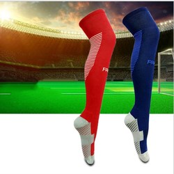Men professional sports soccer socks outdoor cycling protect knee long stockings brand basketball football socks .jpg 250x250