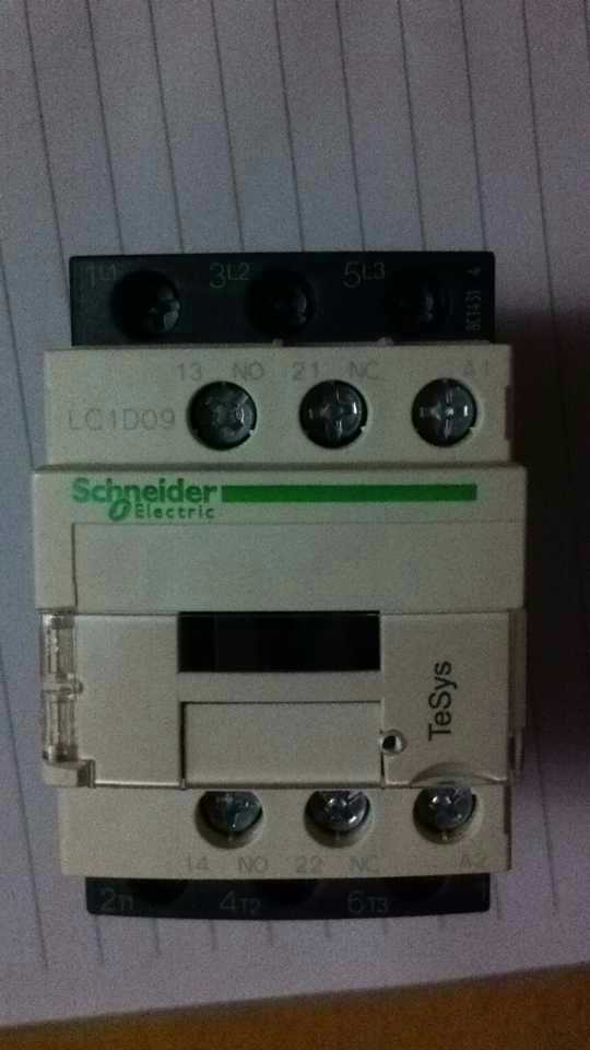NEW Original Genuine Ac Contactor LC1D09M7C AC220V