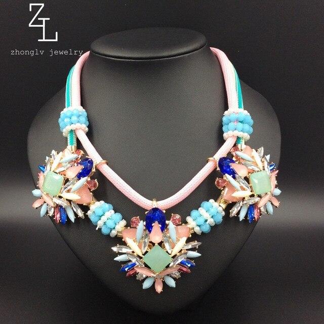 ZA ZHONGLV 2016 Rhinestone granos de la resina de flores de cristal Collar de La Vendimia cuerda de color Collares declaración de cadena corta Para Las Mujeres