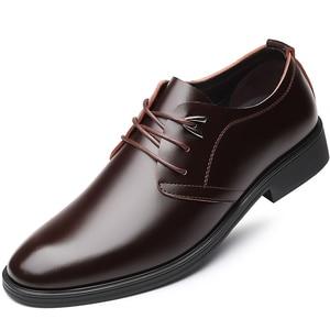 Image 3 - Zapatos de cuero de vaca de calidad para hombre, calzado de vestir suave, talla Extra 45, 46, 47, Punta abierta, 2020