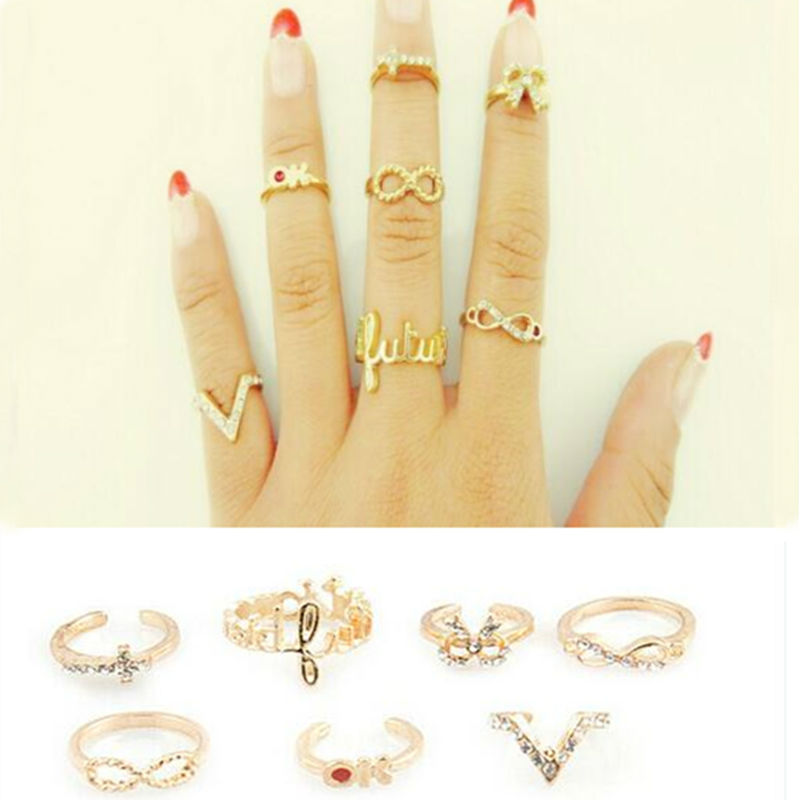 7Pcs Set Charming Gold Women Rings Female Crystal Stack Plain Band