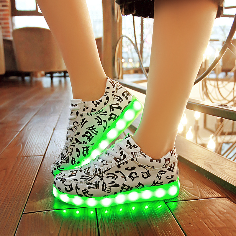 7 colours fluorescent flash shine shoes for lovers Fashion couples USD rechargeable led lights luminous shoes