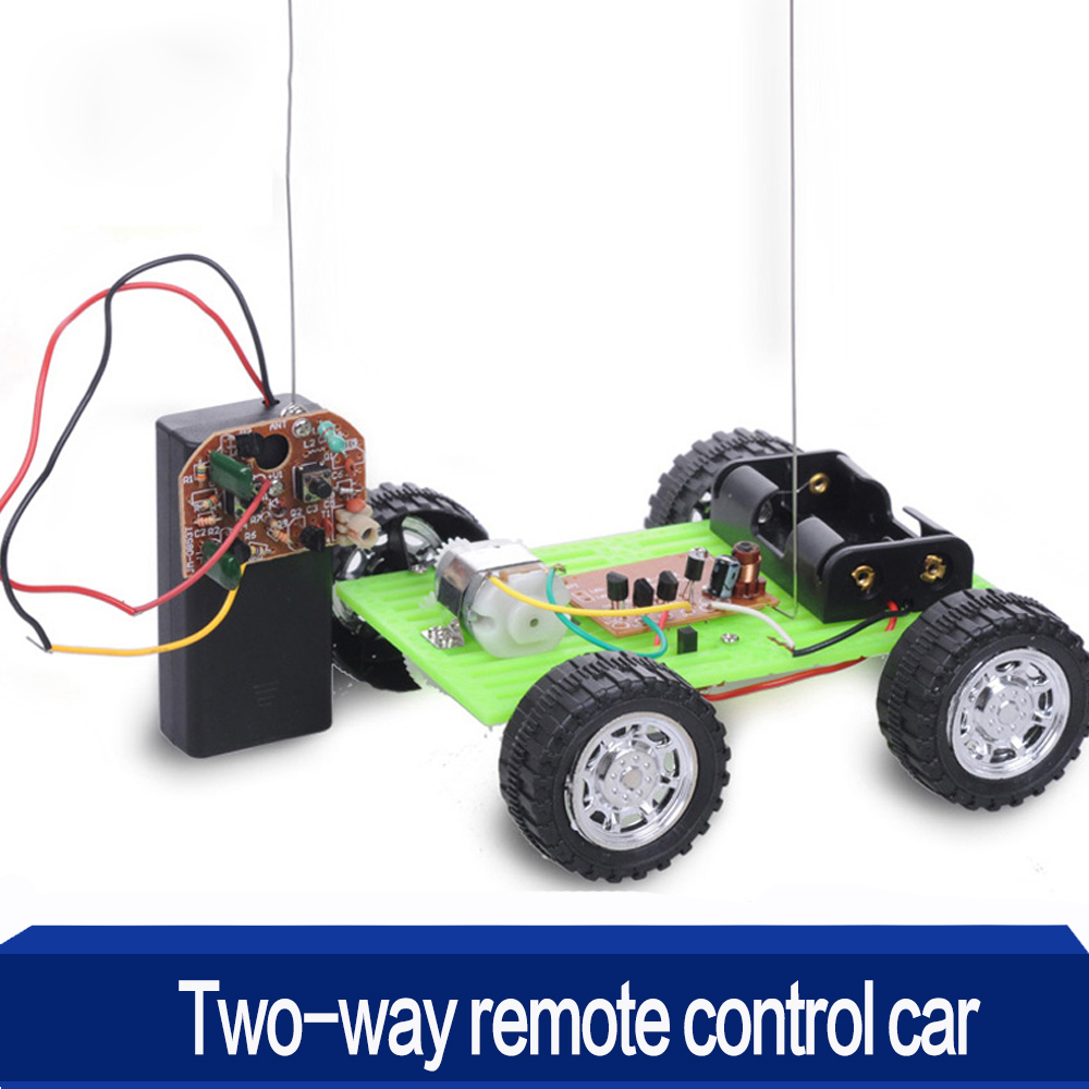 High Quality DIY Two-way Remote Control Green Car Kit Assembling Model Toy Robot DIY Smart Robot Juguetes for Children's Gift gzlozone diy kit njw1194 remote volume conrol kit treble