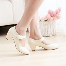 Shoes Woman Pumps Fashion Autumn 2016 New Style Big Size Women Single Shoes Middle-heeled Lady Heels PU Leather zapatos mujer
