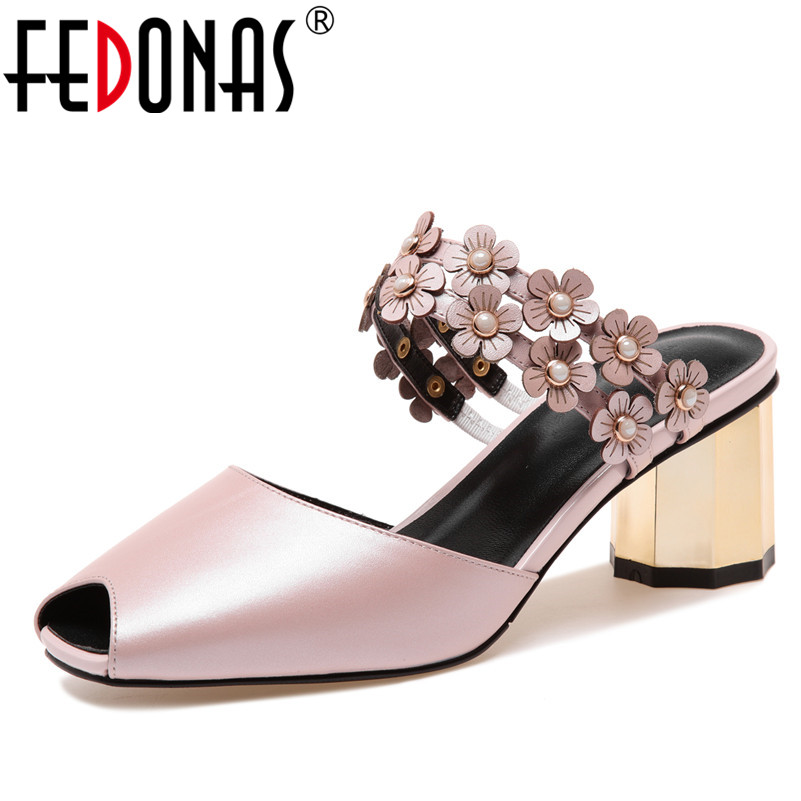 FEDONAS Women Flat Sandals Brand Cute Flowers High Quality Sexy Genuine  Leather Shoes Woman Sandals Fashion Ladies Wedding Shoes c035401af1de