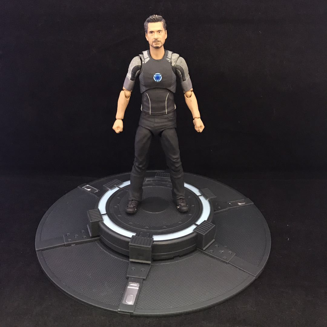 QICSYXJ Birthday Gift The Avengers Action Collection Marvel Superhero Iron Man Model SHF Movable Tony Stark Toy Figure rolsen resc 51s
