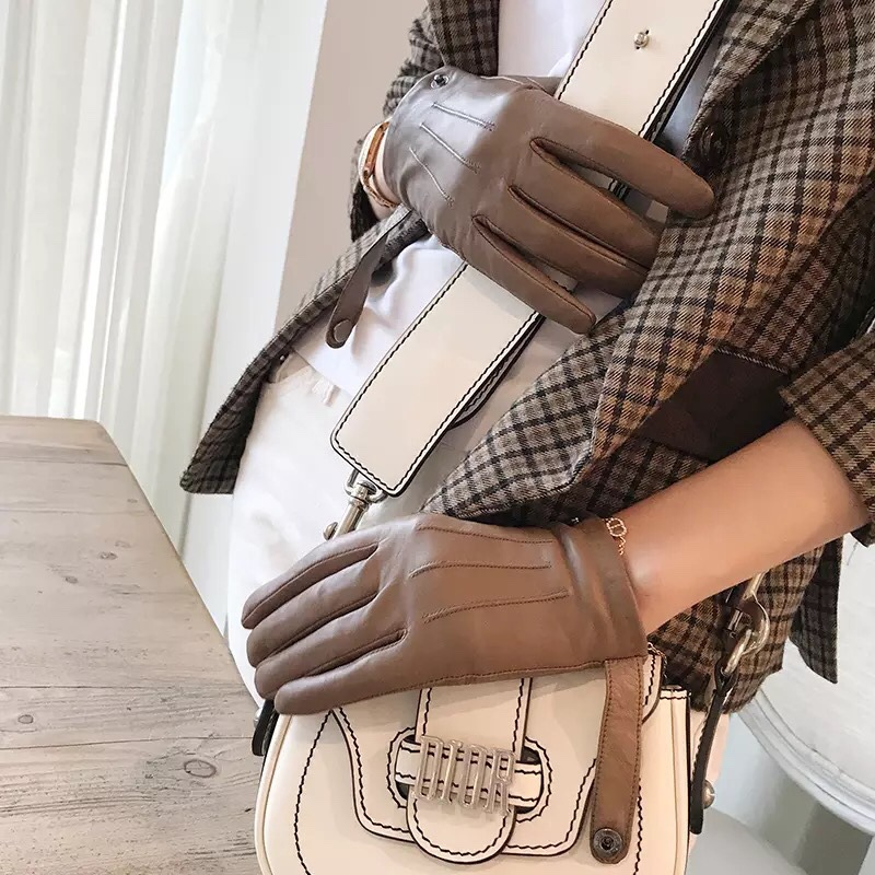 Elegant Lady Genuine Leather Gloves Women Goat Leather Touch Screen High end Retro short Locomotive Gloves