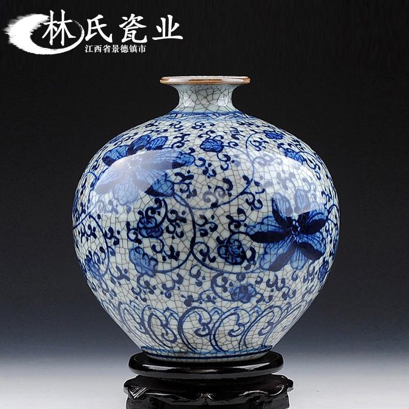 אגרטל סיני עתיק ומרשים בצבע כחול ולבן מסורתי