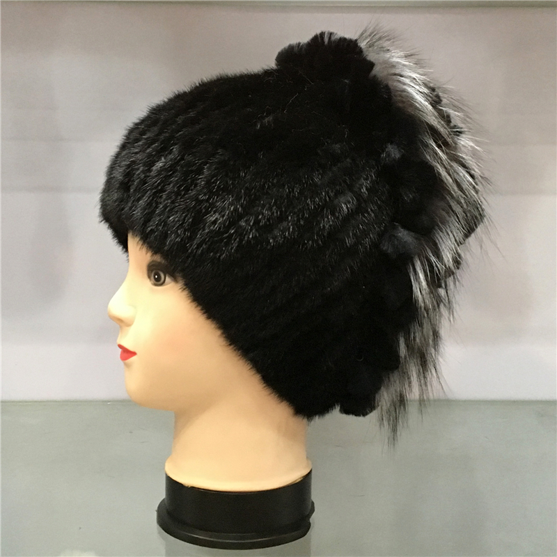 100% Genuine Mink and Rabbit Fur Hats Cap Pompoms Winter Hat Womens Warm Hat Knitted Beanies Cap Thick Ladies Cap