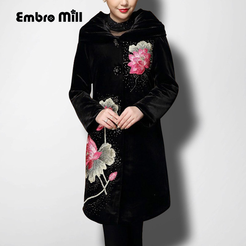 High-end autumn & winter vintage women long   trench   coat embroidery elegant loose lady floral velvet warm overcoat female S-6XL
