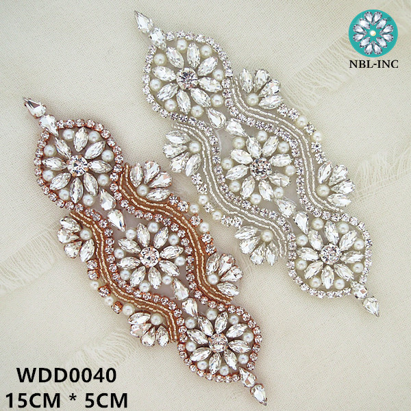 30pcs Wholesale hand sew iron on bridal beaded crystal rhinestone applique patch for wedding dresses