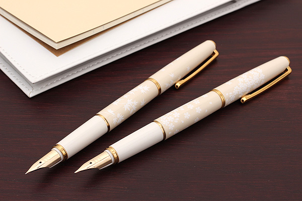 LifeMaster Pilot Lady White Fountain Pen 14K Gold Medium Nib Fine Sakura Cherry Blossom Body Momiji Maple In Pens From Office School