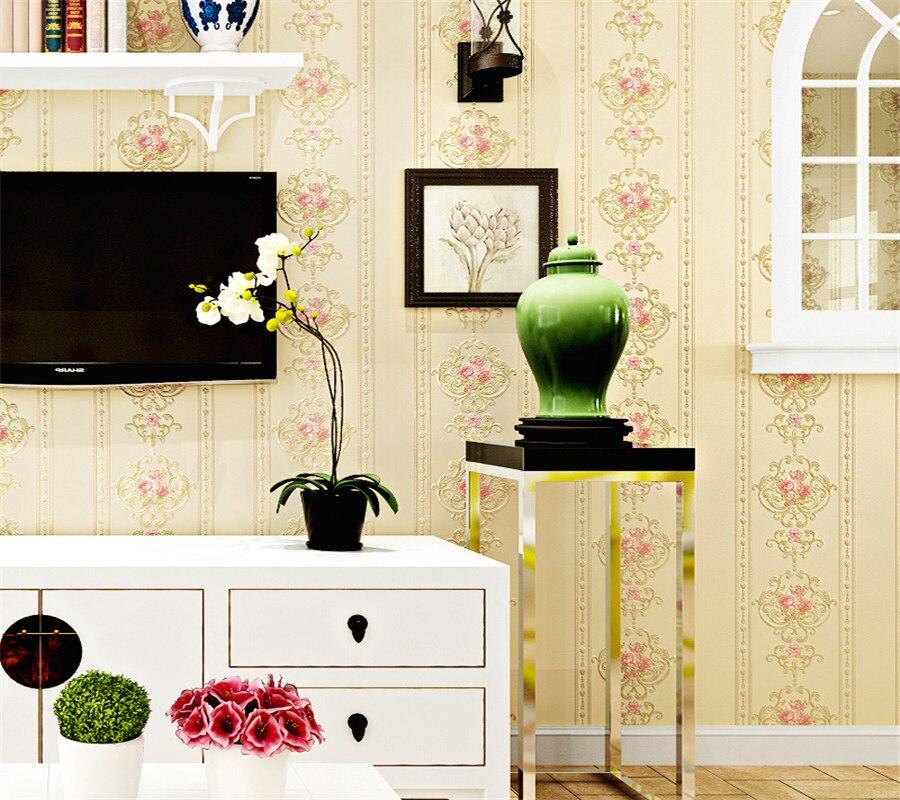 Dorable Striped Wallpaper Living Room Ideas Inspiration - Wall ...